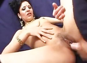 straight,milf,cunnilingus,blowjob,indian,doggystyle