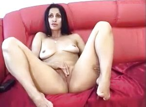 amateur,indian,masturbation,milf,solo female,straight,webcam