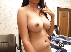 amateur,big Tits,brunette,indian,solo female,webcam